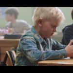 子ども、教師に見てもらいたい動画「お弁当箱の中身は・・・」