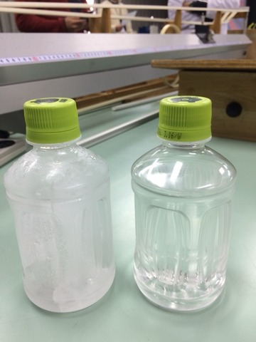 ペットボトルの転がる速度。水と氷ではどっちが速い?