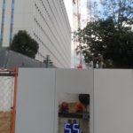 工事現場にある騒音計と振動計