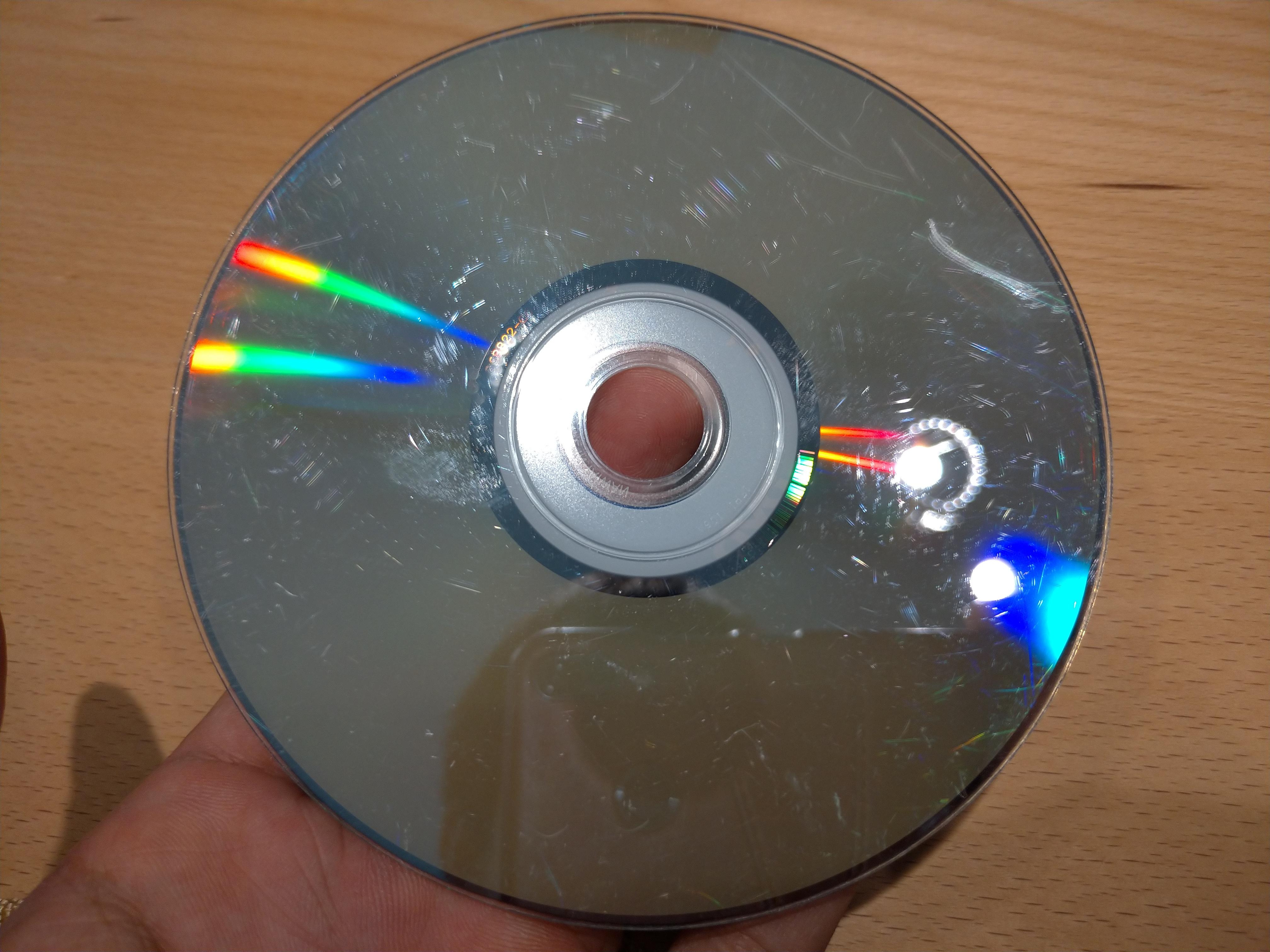 サンワサプライのDVD&CDディスク自動修復機を買ってみた