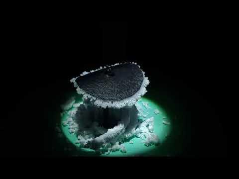 太陽光の光エネルギーで海水から塩分を取り除く装置