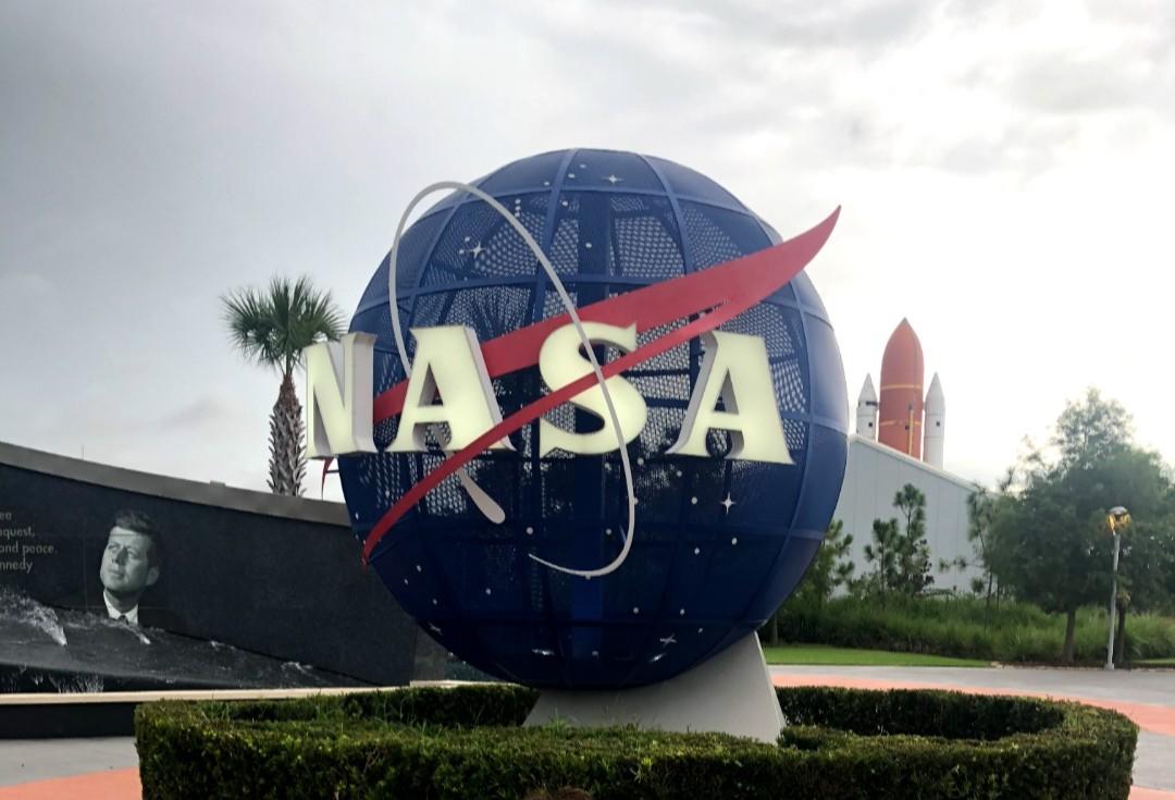 フロリダのケネディ・スペース・センターでNASAについて知る