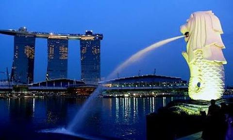 日本をモデルにシンガポールが放課後清掃を実施