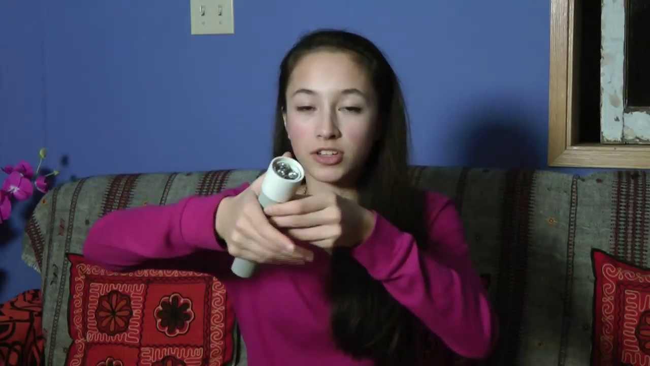 授業で見せたい動画50「体温で光るライトを15歳の女の子が発明」