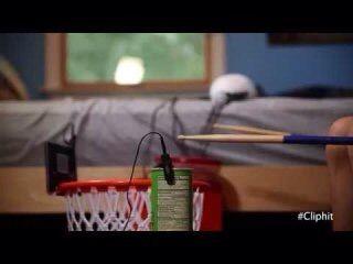 授業で見せたい動画23「なんでもドラム〜♩」