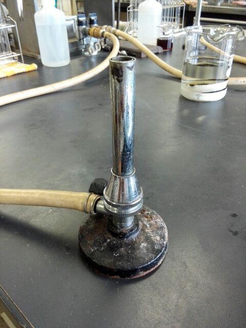 ガスバーナーの火はなぜ透明にしないといけないかわかる面白実験!